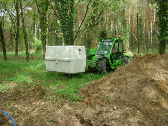 Septic tank going in